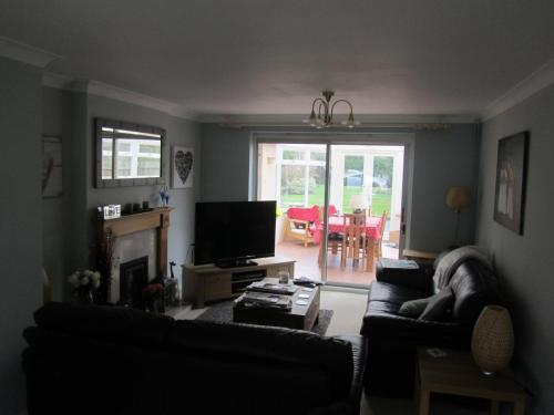 Existing living room view to conservatory